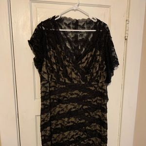 Dresses & Skirts - Black lace with offwhite/beige/neutral lining